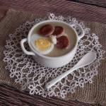 Żurek - krem z pieczoną kiełbasą, jajkiem i chrzanem