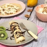 Naleśniki z serem białym, mascarpone, orzechami i sosem czekoladowym