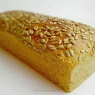 Prosty chleb orkiszowy na drożdżach