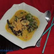 Zupa chińska kwaśno - ostra z kurczakiem