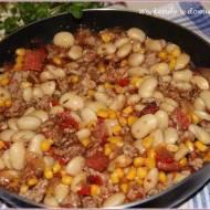 """Ekspresowe chili con carne z fasolą i """"Wspomnienia w kolorze sepii"""""""