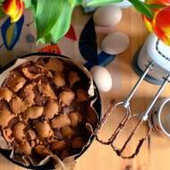 Proste ciasto na sobotę – przepis na ciasto czekoladowe a'la brownie z masłem orzechowym