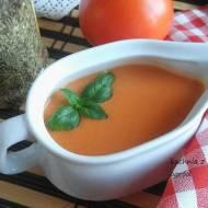 Sos pomidorowy na ciepło. Klasyczny, szybki przepis.