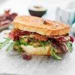 BLT kanapka z provolone