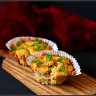 Muffinki jajeczne z wieprzowiną i selerem
