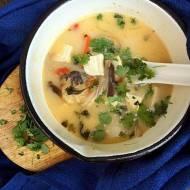 Zupa z dorszem i mlekiem kokosowym oraz tofu.