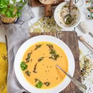 Kremowa zupa dyniowa z musztardą, miodem i sezamem