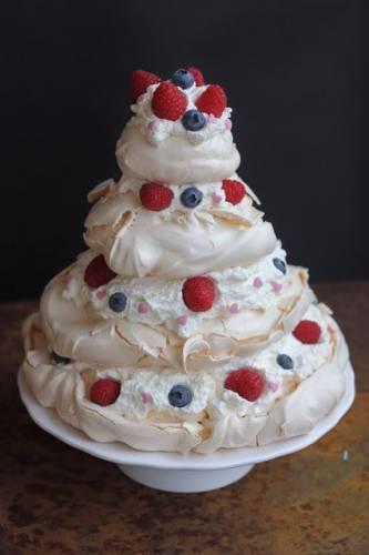 Tort bezowy