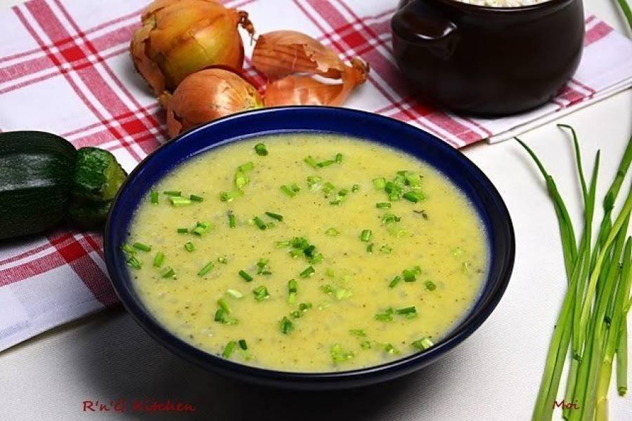 Zupa z cukinii i porów