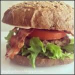 Hamburger wołowy.