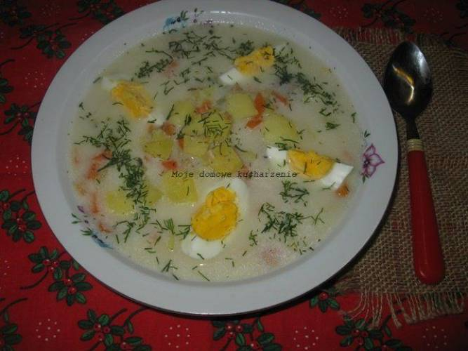Zupa ziemniaczano-chrzanowa z jajkiem