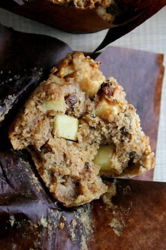 Żytnio-orkiszowe muffiny z jabłkami