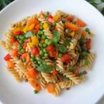 Makaron z warzywnym ragù (Pasta con ragù vegetale)