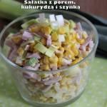 Sałatka z porem, kukurydzą i szynką
