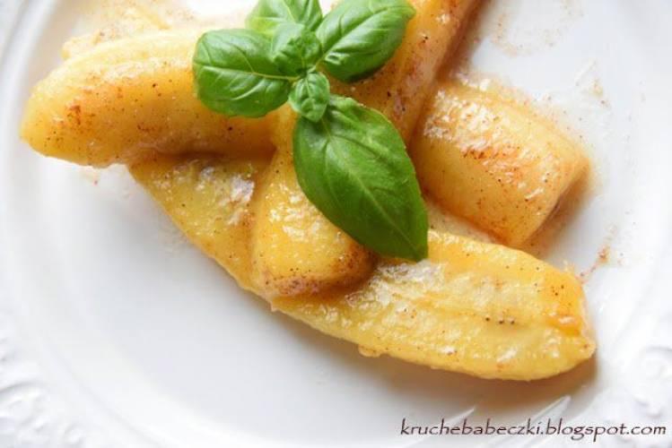Smażone banany z cynamonem i miodem