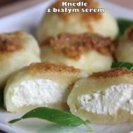 Knedle z białym serem