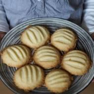 Piaskowe ciasteczka waniliowe