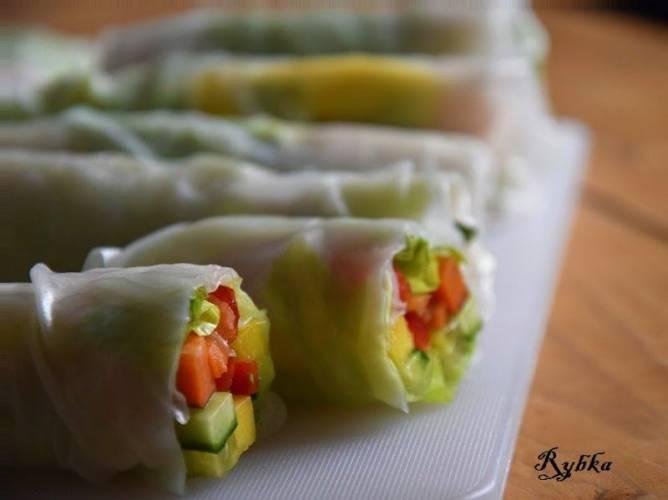 Sring rolls z łososiem