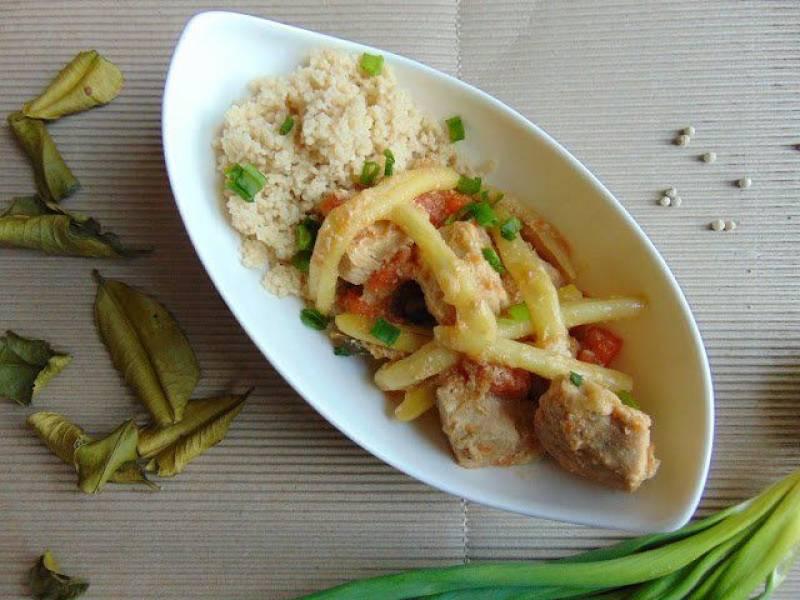 Gulasz z cytrynową nutą i fasolką szparagową.