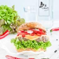 Pikantne burgery wołowe