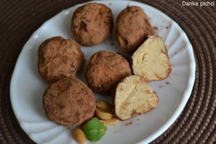 Trufle z masłem orzechowym