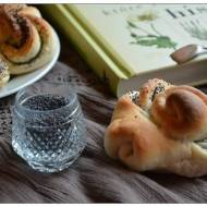 Pluszki, rosyjskie bułeczki z makiem, czyli O tym jak rośliny zmieniały bieg historii