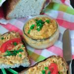Pasta kanapkowa z konserwy rybnej z marchewką – Lubelski Kociołek