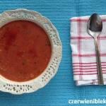 Kremowa zupa pomidorowa z ryżem i wędzoną papryką