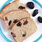 Chleb żytni z miodem i suszoną śliwką
