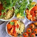 Curry z pomidorkami koktajlowymi z dorszem i aromatycznym bulgurem