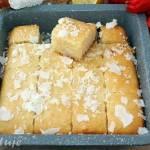 Namoura - arabskie ciasto z kaszy manny i wiórek kokosowych (bez jajek i mąki)