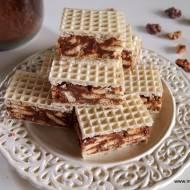 Kakaowy andrut z masą z mleka w proszku z herbatnikami