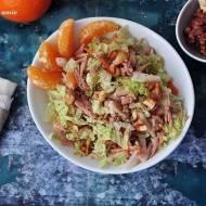 Sałatka z kapusty pekińskiej i  tuńczyka