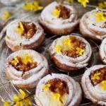 Bułeczki kawowe z gruszkami i serem. Śniadanie z Inką