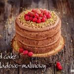 Czekoladowo-malinowy naked cake