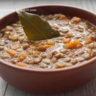 Pyszna zupa z zielonej soczewicy-szybka i sycąca