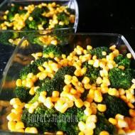 Sałatka brokułowa z migdałami (warstwowa)