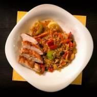 Dietetycznie – Kurczak z ryżem i warzywami