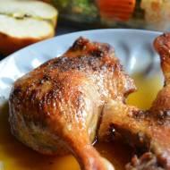 Nogi z kaczki pieczone w soku jabłkowym