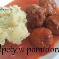 Pulpety w sosie pomidorowym z odrobiną czerwonego wina