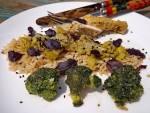 Ryż pełnoziarnisty z kurczakiem tajsko-cytrynowym duszonym z porami i brokułem