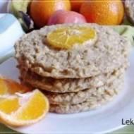 Pieczone placki owsiano-jabłkowe na maślance z mandarynką
