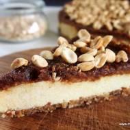 Wegańskie ciasto jaglane z orzeszkami ziemnymi i daktylami (bez glutenu i laktozy) bez pieczenia