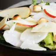 Sałatka z białej rzodkwi i jabłka