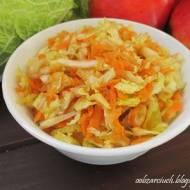 Surówka z kapusty pekińskiej z marchewką