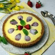 Cytrynowy sernik z truskawkami