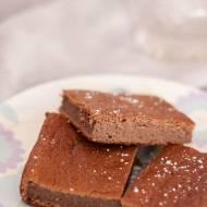 Fasolowe brownie z karobem (bez cukru, bezglutenowe)