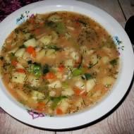 Zupa pomidorowa  z ryżem i kapustą pak choi
