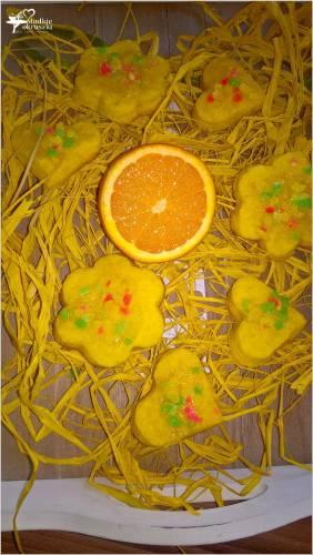 Wiosenne herbaciane ciasteczka