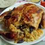 Kurczak faszerowany kaszą jaglaną z kapustą białą i śliwkami